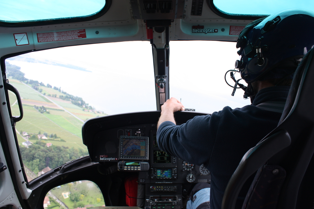Pilote d'hélicoptère en transport aérien